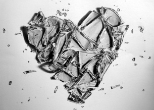 broken_heart____by_pepei-d388e1g